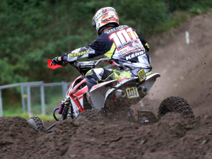 Joe-Maessen-in-2015-op-CRQF-Quad-2